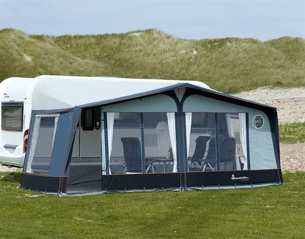 capri north fra isabella er et l kkert og let fortelt til. Black Bedroom Furniture Sets. Home Design Ideas
